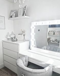 Dressing room goals from featuring our Audrey Hollywood Mirror Teen Bedroom Designs, Room Design Bedroom, Bedroom Decor For Teen Girls, Teen Room Decor, Room Ideas Bedroom, Bedroom Inspo, Dressing Room Decor, Dressing Room Design, Beauty Room Decor