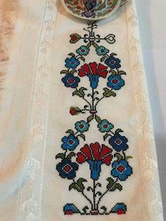 Towels, Elsa, Bohemian Rug, Cross Stitch, Embroidery, Cross Stitch Embroidery, Punto De Cruz, Dots, Needlepoint
