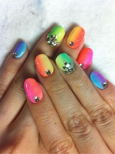 neon gradation nail art glitter