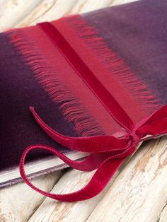Ombre velvet hand painted notebook in deep purple par Colorbloom