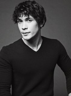 Bob Morley, Bellamy Blake in The 100