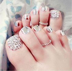 24 Pcs/Set Foot False Nail Tips With Glue Toe Art Tool Glitter Rhinestone Fake Toes Nails For Women Foot Nail Art Full Tips. Cute Toe Nails, Toe Nail Art, Pretty Nails, Gel Nail, Pretty Toes, Nail Polish, Nails Metallic, Glitter Nails, Acrylic Nails