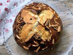 Mazanec s tuhým kváskem lievito madre – Vůně chleba Muffin, Bread, Baking, Breakfast, Recipes, Food, Morning Coffee, Brot, Bakken