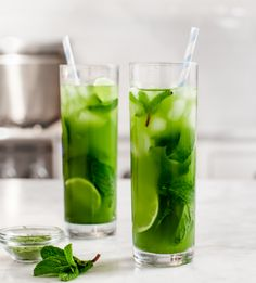 Use matcha, lime juice, and mint to make this iced tea.