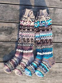 Taikutti: Ohje Kissan uni -kirjoneulesukkiin Knitting Socks, Hand Knitting, Leg Warmers, Knit Crochet, Uni, Inspiration, Outfits, Style, Fashion