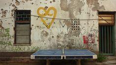 OKC Abrašević è il centro culturale giovanile di Mostar. Nel cuore del quartiere più pesantemente intoccato dalla ricostruzione, è sede di incontri di realtà politiche non governative che promuovono arti e attività per lo sviluppo e l'integrazione interculturale. Vale (più di) una visita