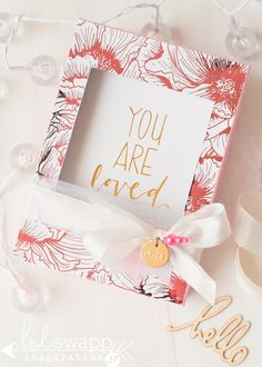 Mothers Day Interactive Gift Box Card | Heidi Swapp ~ Minc Foil Machine and Minc Pattern Paper make for a very pretty gold and pink foil gift for Mom.