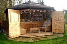 Funny pictures about Amazing Bar Shed. Oh, and cool pics about Amazing Bar Shed. Also, Amazing Bar Shed. Casa Magnolia, Outdoor Spaces, Outdoor Living, Outdoor Kitchens, Pub Sheds, Balkon Design, Backyard Bar, Backyard Storage, Man Cave Backyard Ideas