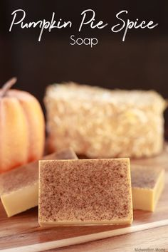 Love the smell of pumpkin pie spice? This pumpkin pie spice soap is a must-have during the fall. It is easily made with the melt and pour method of making soap. Handmade Soap Recipes, Soap Making Recipes, Diy Pumpkin, Pumpkin Pie Spice, Soap Melt And Pour, Home Made Soap, Castile Soap, Glycerin Soap, Easy Diy