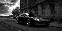 Gorgeous Bentley Continental GT: the only Luxury car I include on my dream cars… Bentley Auto, Black Bentley, Bentley Continental Gt, Luxury Sports Cars, Sport Cars, Bentley Wallpaper, Black Car Wallpaper, Hd Wallpaper, Ferrari