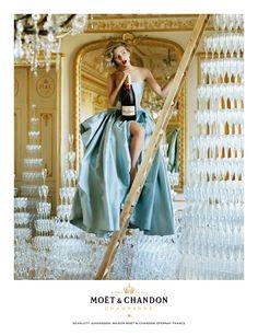 Scarlett & Moët: We love this glamour Queen!