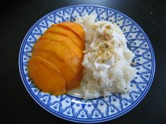 Wandering Chopsticks: Vietnamese Food, Recipes, and More: Mangoes with Sticky Rice - Vietnamese Style