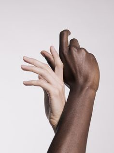 Art Direction / Hands / Black and White / Sensible / Colors / Design / Photographie / Art