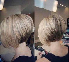 20 Chic Short Hairstyles for Fine Straight Hair in 2018 , Looking for the chic short haircuts for fine hairs for inspiration? Here, you will find 20 Chic Short Hairstyles for Fine Straight Hair that you wil. Short Stacked Bob Haircuts, Cute Bob Haircuts, Inverted Bob Hairstyles, Bob Haircuts For Women, Mom Hairstyles, Short Hairstyles For Women, Straight Hairstyles, Hairstyle Ideas, Short Bobs
