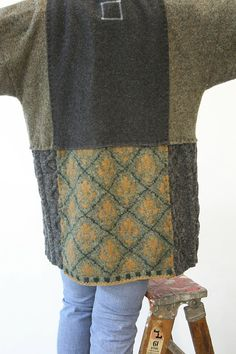 Cashmere and Wool sweaters are gently felted, hand cut and sewn into this soft as soft can be yummy sweater/hoody. Extra long sleeves with buttery cas Recycled Sweaters, Wool Sweaters, Cashmere Sweaters, Pullover Upcycling, Cashmere Pullover, Sewing Circles, Old Sweater, Sweater Jacket, Sweater Refashion