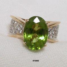 14K Diamond Peridot Ring Vintage 1970s