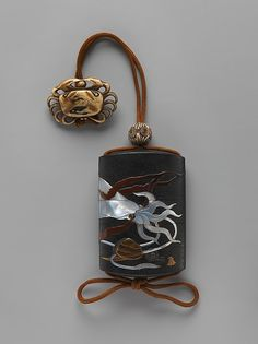 Hara Yōyūsai | Case (Inrō) with Design of Squid, Shells and Seaweed | Japan | Edo period (1615–1868) | The Met