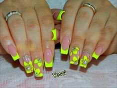 Trendy Gel Nails Designs For Summer Orange Ideas Neon Green Nails, Bright Nails, Neon Nails, Yellow Nails, Summer Acrylic Nails, Best Acrylic Nails, Summer Nails, Pedicure Summer, Jolie Nail Art