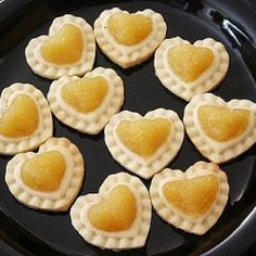 Want to learn how to make pineapple tarts? Here is a simple and delicious recipe for you to learn at your own pace and time. Read more. Pineapple Tart, Pineapple Recipes, Marionberry, Baking Classes, My Dessert, Something Sweet, Coffee Cake, Food Inspiration, Baking Recipes