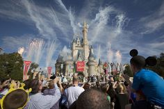 Fury rises at Disney over use of foreign workers http://www.computerworld.com/article/2915904/it-outsourcing/fury-rises-at-disney-over-use-of-foreign-workers.html?utm_content=buffer2b708&utm_medium=social&utm_source=pinterest.com&utm_campaign=buffer