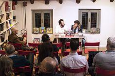 """Alcuni scatti della presentazione alla Ub!k di Como de """"Il passato è una bestia feroce"""" di Massimo Polidoro (foto di Roberta Baria). Con l'autore Davide Cantoni."""