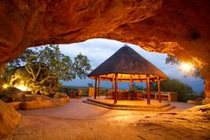 Here are 20 great weekend getaways Johannesburg wants you to go relax at. Fun Places To Go, Places To Travel, Places To Visit, Weekend Breaks, Weekend Getaways, Lodges, Travel Around, Conservation, Spa