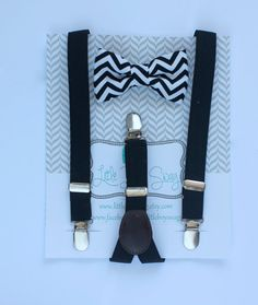 Black and White Bow Tie Suspenders..Boys Bow Tie Suspenders Set..Ring Bearer Outfit..Black Tie..Baby Boy Suspenders..Baby Clothing..Summer