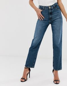 Find the best selection of J Brand Jules high rise straight leg jeans. Shop today with free delivery and returns (Ts&Cs apply) with ASOS! Fashion Branding, J Brand, World Of Fashion, Luxury Branding, Blue Jeans, Mom Jeans, Your Style, Legs, Cotton