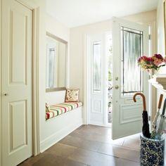 Zone de confort dans le hall d'entrée - Hall d'entrée - Inspirations - Décoration et rénovation - Pratico Pratique