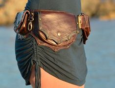 Leather Utility Hip Belt High Quality Handmade by offrandes Leather Utility Belt, Leather Pouch, Burning Man, Urban Lifestyle, Festival Mode, Biker, Hip Bag, Leather Projects, Dark Brown Leather