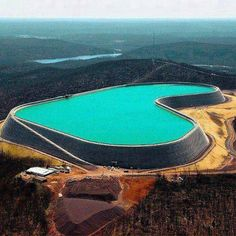 He built her the Largest heart shaped pool in the world! (Taum Sauk Missouri...)