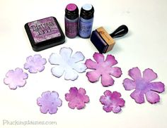 How to Make Watercolor Paper Flowers   @PluckingDaisy #Tim Holtz #Sizzix #RangerInk