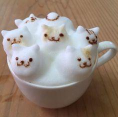 """Neko Atsume"" latte…via @Cafe_Reissue"