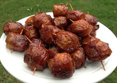 Bacon-Wrapped Meatballs aka M'oink Balls--YUM! Definitely going to make these soon.