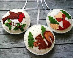 SET of Felt Woodland ornament, Felt Woodland Christmas ornament, Robin bird, Fox, Squirrel snowing o Fox Ornaments, Snowman Christmas Ornaments, Felt Christmas Decorations, Ornament Tree, Globe Ornament, Beaded Ornaments, Christmas Christmas, Robin Vogel, Felt Snowman