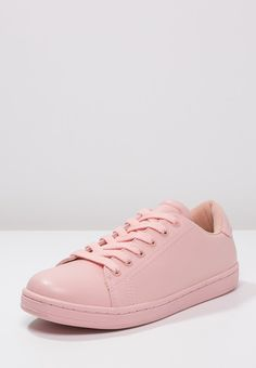 online store 47bf1 d12b9 Even Odd Trainers - pink for £23.00 (16 11 15) with free