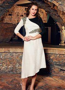 Enticing Designer Party Wear Linen Kurti