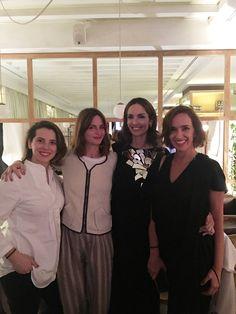 Con las organizadoras de la noche: Alejandra Anson de The Table by, María Fitz James de Cien Volando y Sofía López Quesada de Wocere