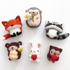 Wool Needle Felting, Needle Felting Tutorials, Needle Felted Animals, Wet Felting, Felt Animals, Yarn Crafts, Felt Crafts, Fabric Crafts, Bunny Crafts