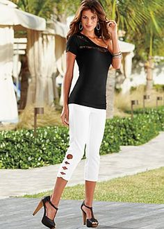 Love the whole outfit.  Found at venus.com
