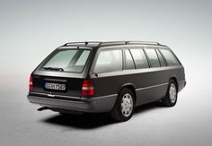 Real Station wagon - Mercedes - Benz W 124