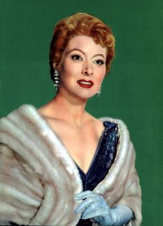 Other Movie Memorabilia Hollywood Star, Hollywood Fashion, Vintage Hollywood, Hollywood Actresses, Classic Hollywood, Greer Garson, Best Actress Award, Classic Actresses, Classy Women