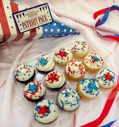 Paquete patriota de Magnolia Bakery. #MagnoliaBakery #cupcake #4deJulio
