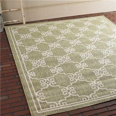 "Garden Gate Trellis Indoor/Outdoor Rug 2'3"" x 7'7"""