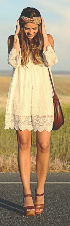 This spring inspired boho chic outfit is shown off perfectly via Natalia Cabezas. The white lace off the shoulder dress brings the outfit together as she accessorises with a boho inspired headband, leather heels and a simple sidebag Dress: Fashion Pills, Headband: DIY, Shoes: VGE via LV, Bag: Loewe