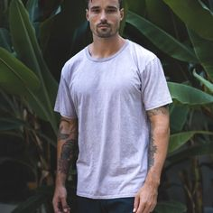 Refuse your basics to be boring. The Everyday tee is made from quality lightweight stonewashed cotton. Simple, stylish and comfortable. The perfect tee for every occasion.   A regular fit t-shirt that looks good worn on its own or layered. This versatile t-shirt features a 2cm ribbed neck line. Xl Models, Best Wear, That Look, Label, Purple, Stylish, Tees, Fit, Mens Tops