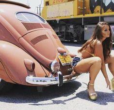 Don't, t remember eating that! Ferdinand Porsche, Trucks And Girls, Car Girls, Sexy Cars, Hot Cars, Classic Trucks, Classic Cars, Corps Fitness, Hot Vw