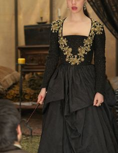 """Reign -- """"Burn"""" -- Image Number: -- Pictured: Adelaide Kane as Mary, Queen of Scotland and France -- Photo: Sven Frenzel/The CW -- © 2015 The CW Network, LLC. All rights reserved. Reign Fashion, Fashion Tv, Marie Stuart, Reign Tv Show, Reign Mary, Reign Dresses, Adelaide Kane, Medieval Dress, Period Costumes"""