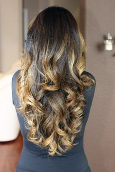 Light golden ombre curls