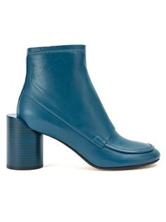 ced6e72c Maison Margiela ヒールディテール ブーツ Ugly Shoes, Women's Shoes, Blue Shoes, Bootie  Boots